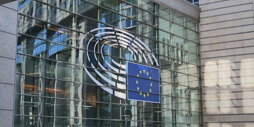 Parlament Europejski zamierza ogłosić Unię strefą wolności osób LGBTI