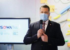 Czarnek: UE wprowadza strefy wolności dla jakiejś wąskiej grupy osób, która ma problemy seksualne