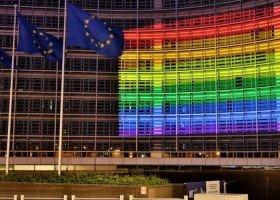 Oficjalnie: Unia Europejska strefą wolności osób LGBTIQ! Jakie komentarze pojawiły się po przyjęciu historycznej rezolucji?