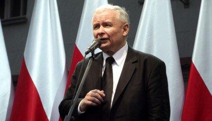 """Kaczyński: PiS jest gwarancją """"normalnego"""" świata, w którym kobieta jest kobietą, mężczyzna jest mężczyzną"""