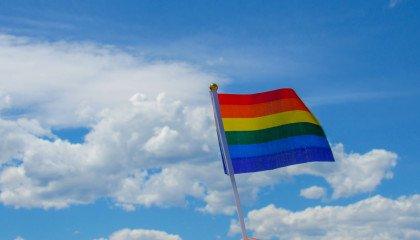 Związek Piłkarski Wysp Owczych zakazuje sportowcom noszenia tęczowych opasek w geście solidarności z LGBT+
