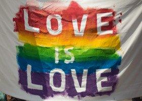 Wilamowice nie wycofają się z homofobicznej uchwały. Będzie ich to kosztowało 7 mln zł z Funduszy Norweskich