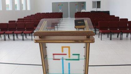 Limanowa: ksiądz na lekcji religii mówi o leczeniu homoseksualności elektrowstrząsami i wazektomią
