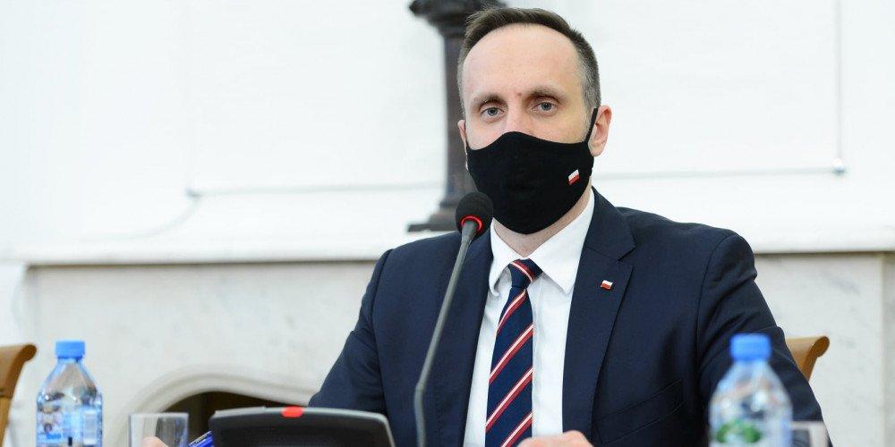 """Komisja etyki zwróciła uwagę Januszowi Kowalskiemu za słowa o """"ideologii LGBT"""""""