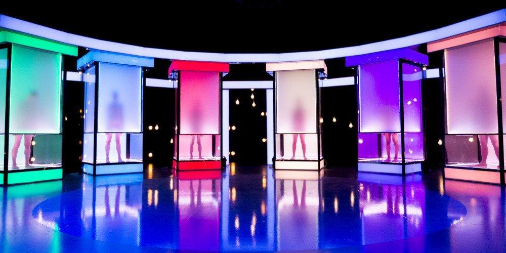 """Polska wersja """"Magii nagości"""" z osobami LGBT w Zoom TV się jednak nie pojawi? Były skargi do KRRiT"""