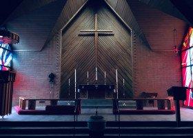 Szkoła zgłosiła swojego kapelana do programu antyterrorystycznego z powodu głoszenia tolerancji dla homofobii