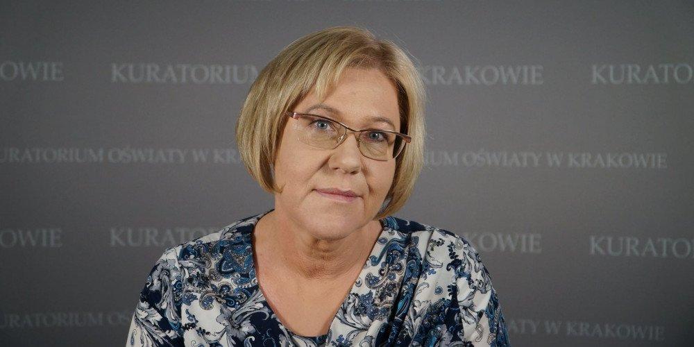 """Tarnów: Barbara Nowak uważa, że zajęcia antydyskryminacyjne to """"deprawacja"""" i apeluje, żeby nie posyłać na nie dzieci"""