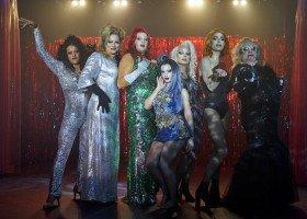 Tęsknicie za drag queens? Mamy dla Was listę najlepszych produkcji o dragu na Netflixie!