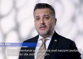 Ambasada USA w Polsce zrealizowała projekt #WordsMatter. W akcji wzięli udział aktywiści i aktywistki Grupy Stonewall