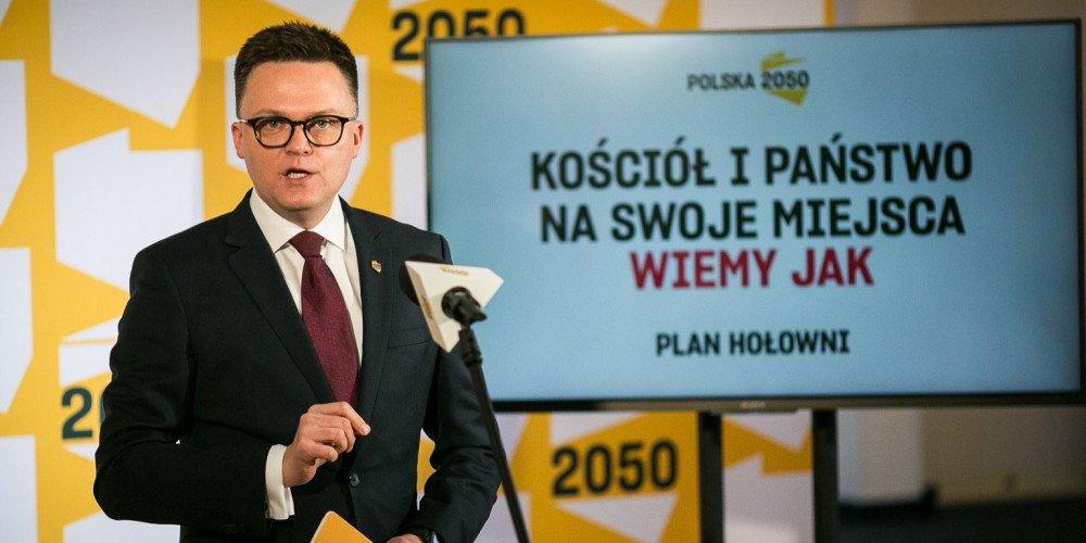 Kontrowersyjne transfery u Hołowni. Do Ruchu Polska 2050 dołączyła radna odznaczona przez Czarnka za homofobię