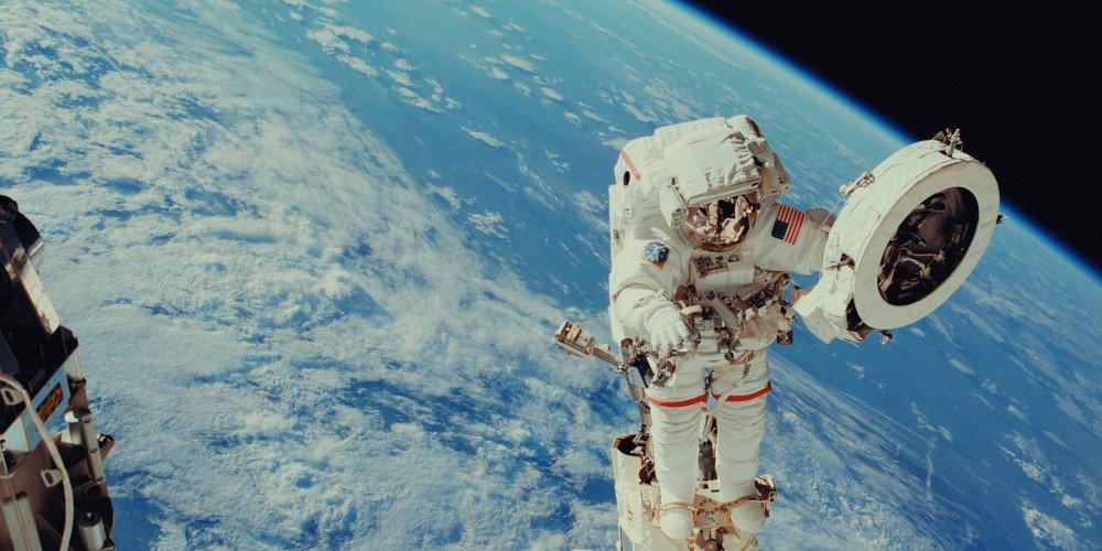 NASA: astronomowie sprzeciwiają się nazwie teleskopu im. Jamesa Webba, który miał prześladować osoby LGBT