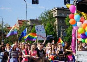 """Atlas Nienawiści: 6 miliardów euro - tyle może stracić małopolska za strefę """"wolną od LGBT"""""""