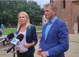 """Małopolska: zamiast strefy """"wolnej od LGBT"""" będzie deklaracja wsparcia rodziny?"""