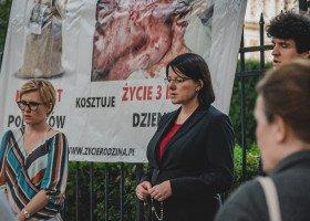 """Kaja Godek ponownie złoży w sejmie podpisy pod projektem ustawy """"Stop LGBT"""""""