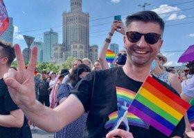 """Śmiszek o projekcie """"Stop LGBT"""" Godek: musi zostać wyrzucony do kosza natychmiast"""