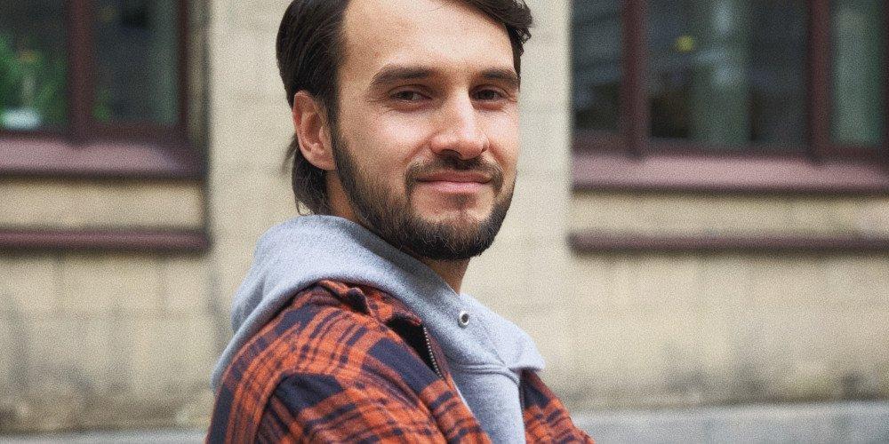 """Reżyser nowego filmu o gejach """"Słoń"""": Inspiracją do scenariusza było moje dorastanie w małym mieście na Podhalu"""