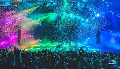 Zespół odwołał występ w klubie LGBT. Jednemu z członków we śnie ukazał się Jezus i zabronił mu grać