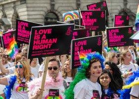 Czy lewica zawłaszczyła sobie tęczową flagę? Burzliwa dyskusja na Twitterze na temat wsparcia osób LGBTQ