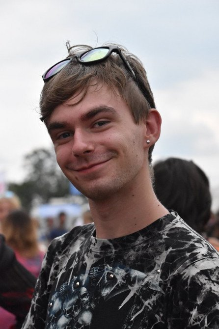 Marsz Równości na Pol'and'Rock Festival - zdjęcie: 1/20