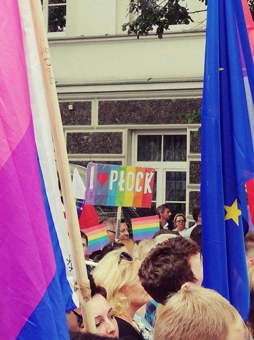Pierwszy Marsz Równości w Płocku - zdjęcie: 3/17