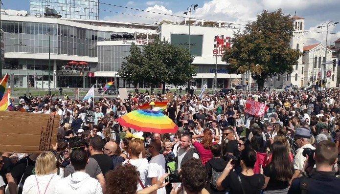 Marsz Równości w Sarajewie - zdjęcie: 11/12