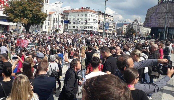 Marsz Równości w Sarajewie - zdjęcie: 12/12