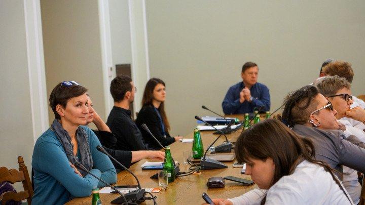 Posiedzenie Parlamentarnego Zespołu ds. Równouprawnienia Społeczności LGBT+ - zdjęcie: 12/13