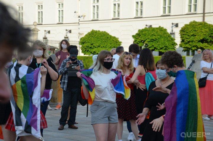 Tęczowe Disco pod Pałacem Prezydenckim - zdjęcie: 16/74