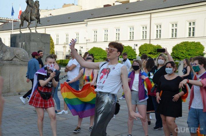 Tęczowe Disco pod Pałacem Prezydenckim - zdjęcie: 21/74