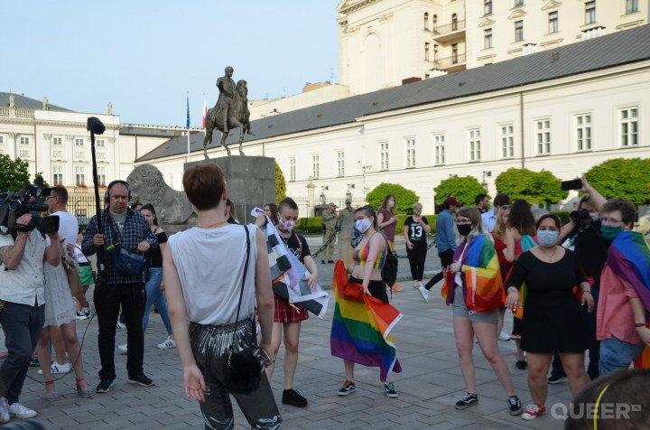 Tęczowe Disco pod Pałacem Prezydenckim - zdjęcie: 23/74