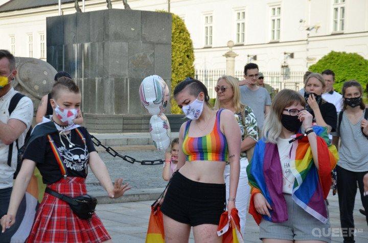 Tęczowe Disco pod Pałacem Prezydenckim - zdjęcie: 32/74