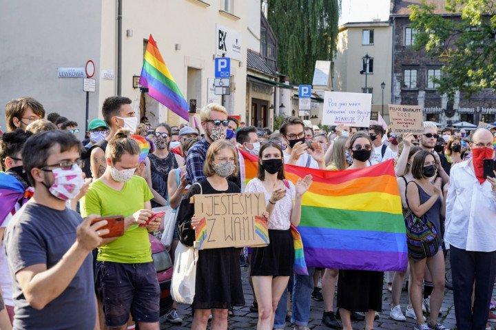 Protest solidarnościowy z Margot w Krakowie - zdjęcie: 11/20