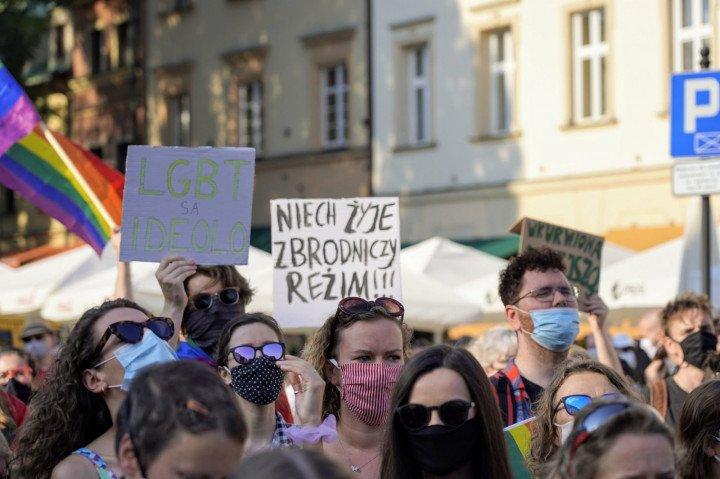Protest solidarnościowy z Margot w Krakowie - zdjęcie: 12/20