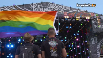 """Pol'And'Rock Festival: drugi Marsz Równości i wielkie skandowanie """"je*ać PiS"""" na koncercie Łony i Webbera"""