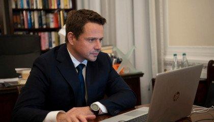 """Trzaskowski wsparł Tęczowy Piątek. """"My nikomu nic nie nakazujemy"""""""