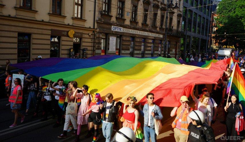 Marsze i Parada Równości w dobie pandemii. Znamy już coraz więcej dat - czy wydarzenia będą mogły się wtedy odbyć?